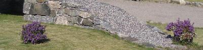 Mur med grus og stein