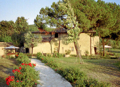 Mange vakre gårder i Toscana