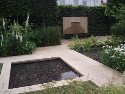 Vannspeil i hagen