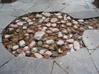 Lavt vann med steiner